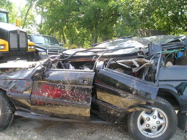 Kemi Yemi-esse's car after the car crash.